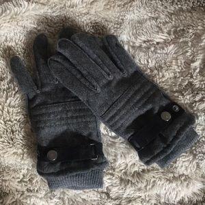 Grey H&M gloves